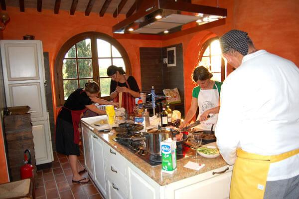 Addio al nubilato tra amiche scopri con noi idee originali e uniche romeo and juliet guide verona - Corso cucina firenze ...
