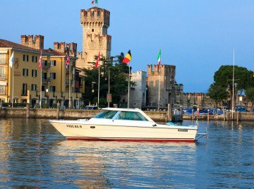 Sirmione and Lake Garda boat tour for wine lovers