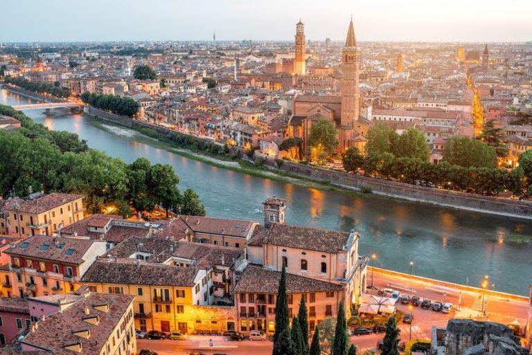 Vista di Verona da Piazzale Castel San Pietro